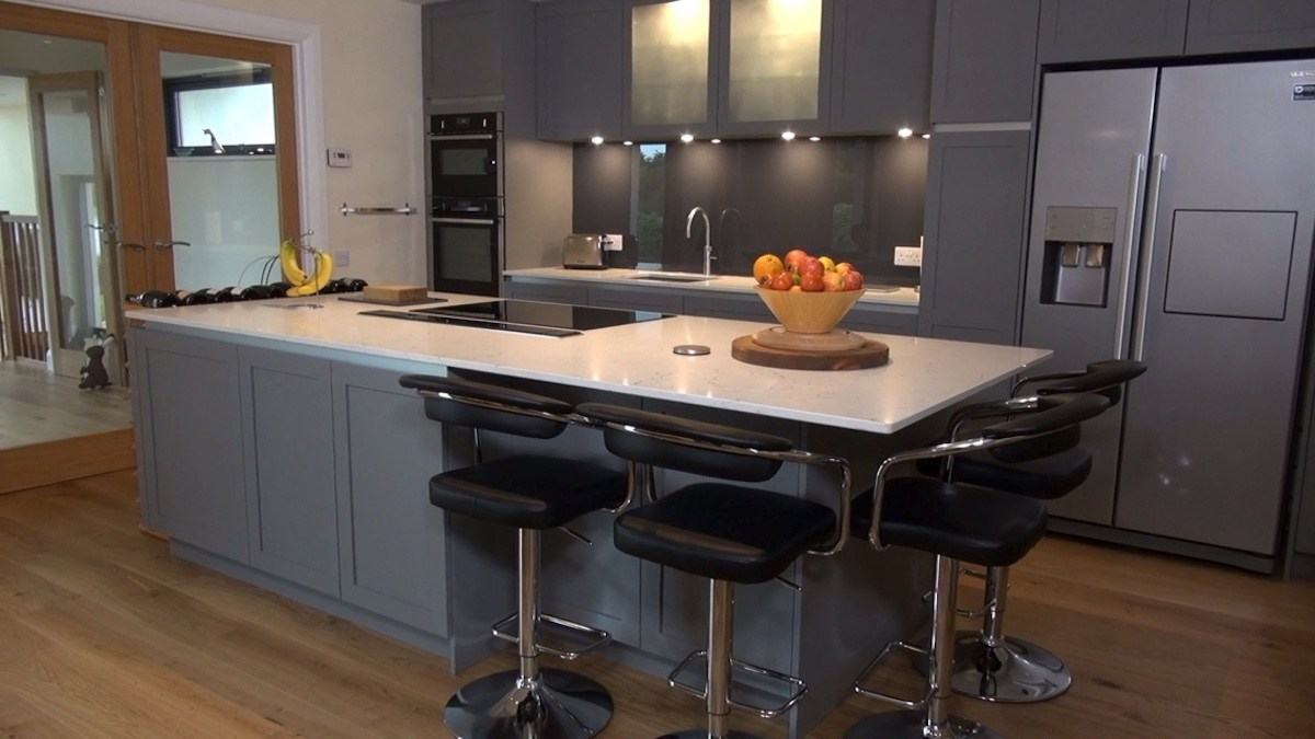 grey and glossy contemporary urban kitchen