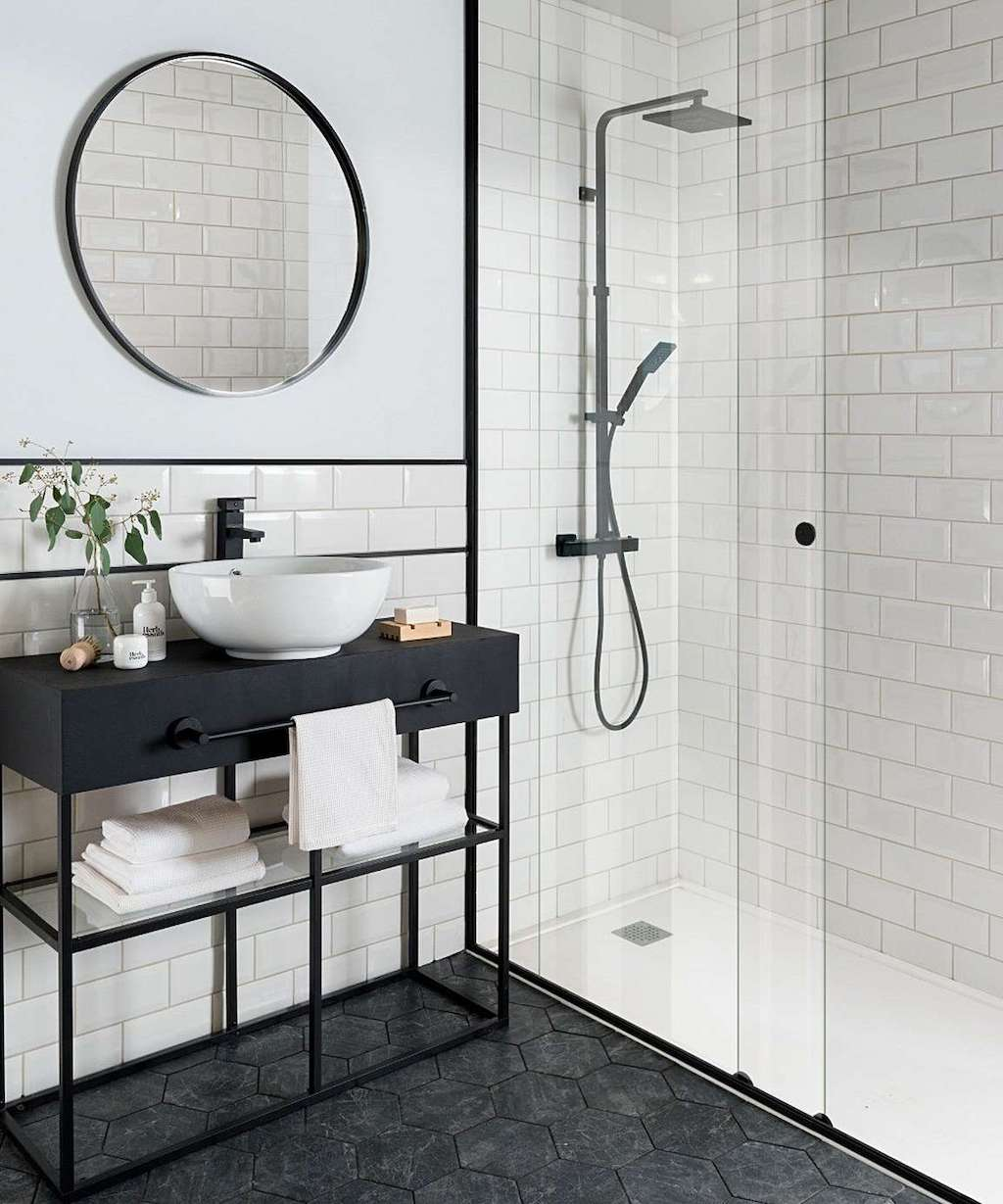 Metro brick tiles:14 pattern ideas for kitchens and bathrooms