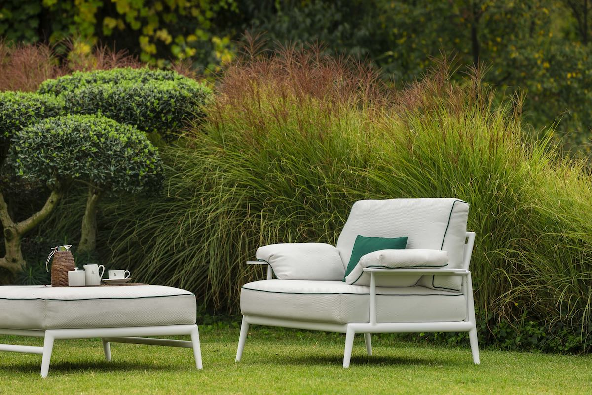 elegant Italian garden furniture